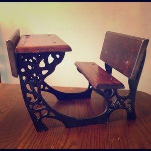 American Girl Samantha's Desk! RETIRED